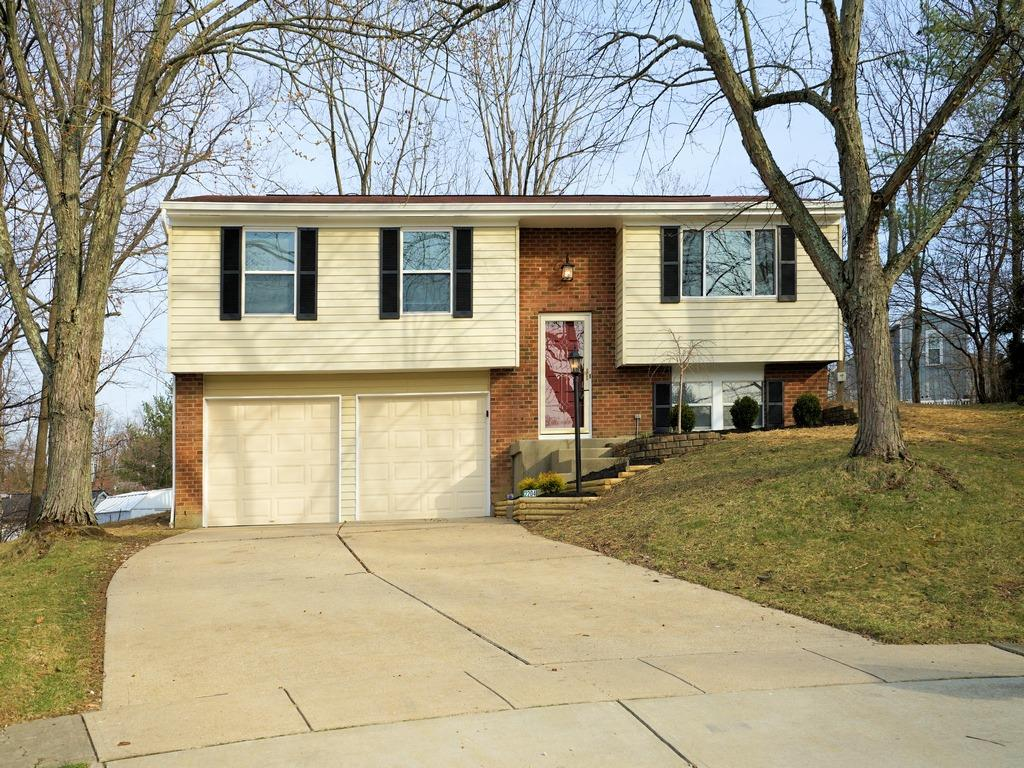 Property for sale at 2204 Julie Terrace, Reading,  Ohio 45215