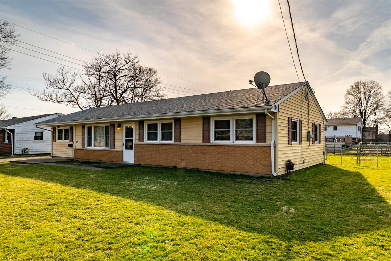 Property for sale at 419 Cranewood Drive, Trenton,  Ohio 45067