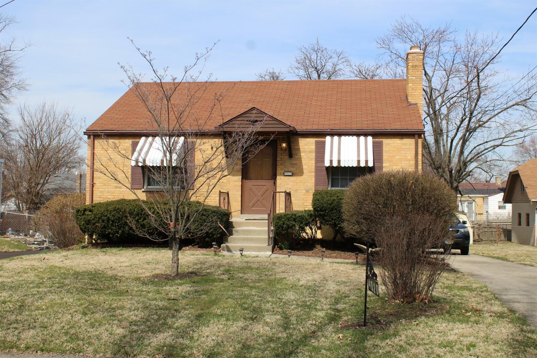 Property for sale at 4020 Lansdowne Avenue, Deer Park,  Ohio 45236