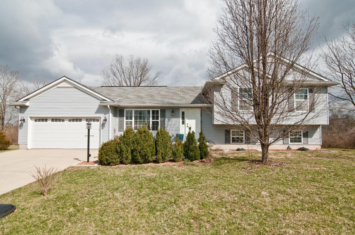 Property for sale at 6172 Dry Ridge Road, Colerain Twp,  Ohio 45252