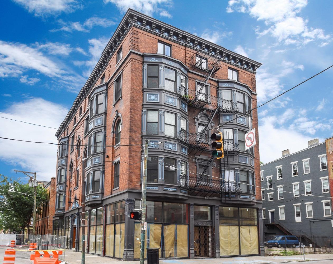 Property for sale at 1501 Vine Street Unit: 303, Cincinnati,  Ohio 45202