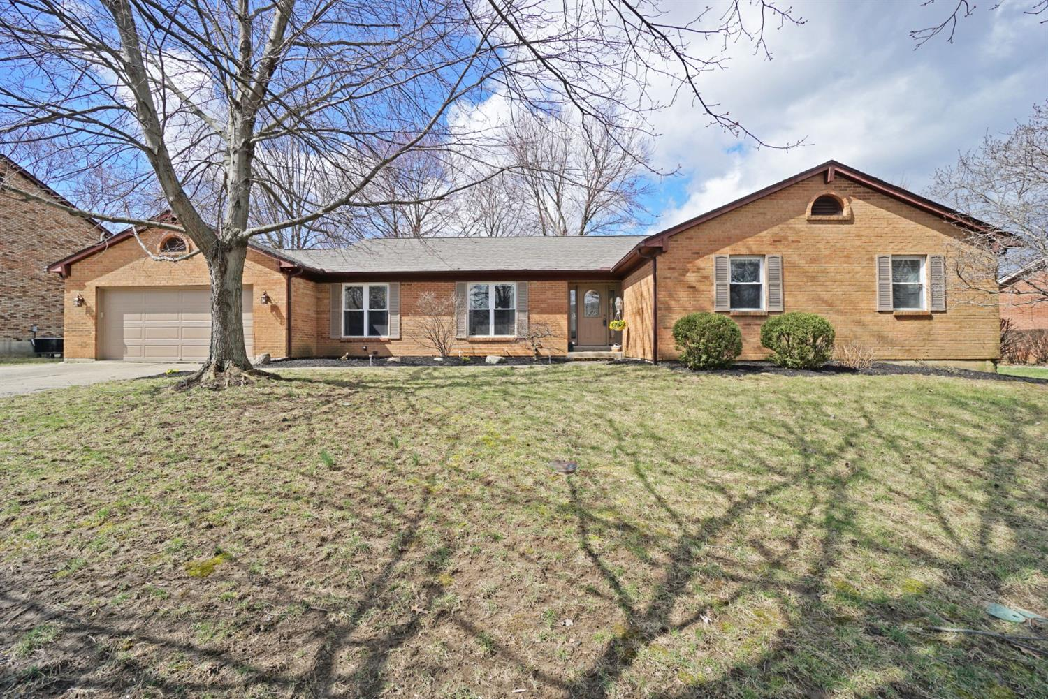 Property for sale at 7427 Chinook Drive, West Chester,  Ohio 45069