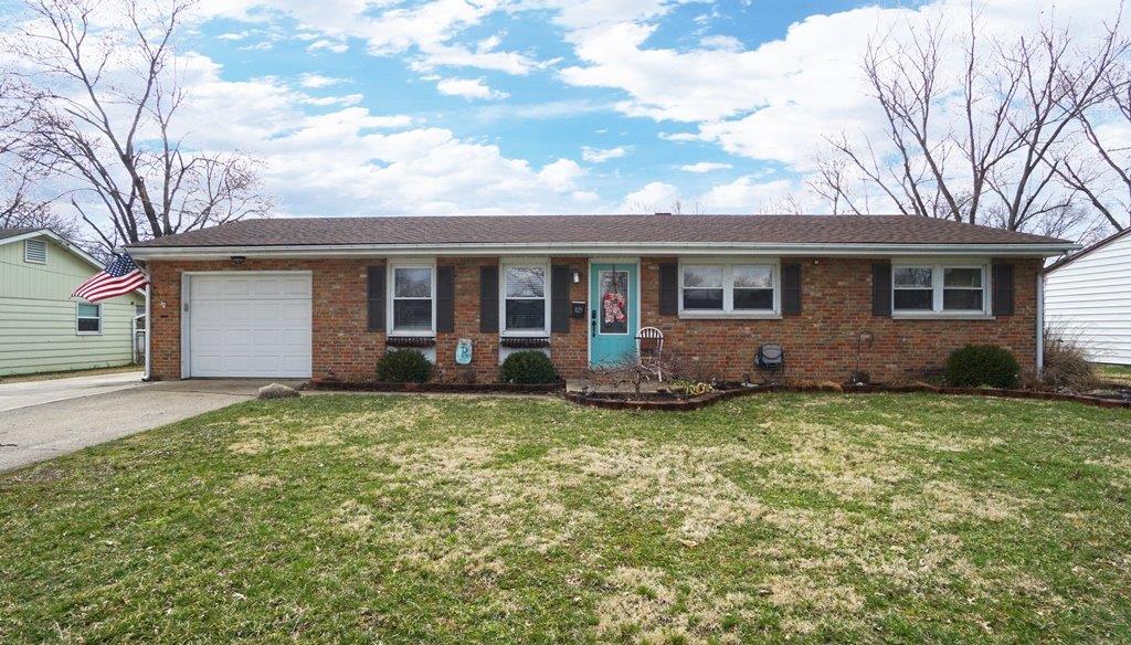 Property for sale at 429 Cranewood Drive, Trenton,  Ohio 45067