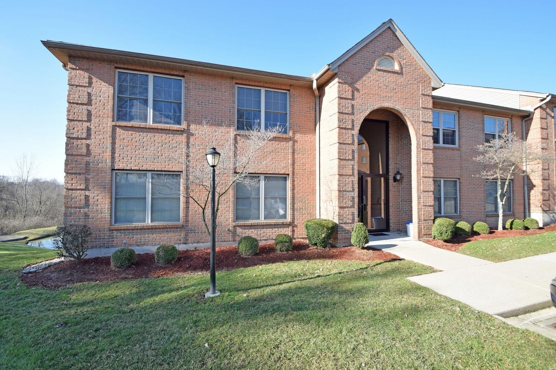 Property for sale at 3351 Diehl Road Unit: 40, Cincinnati,  Ohio 45211