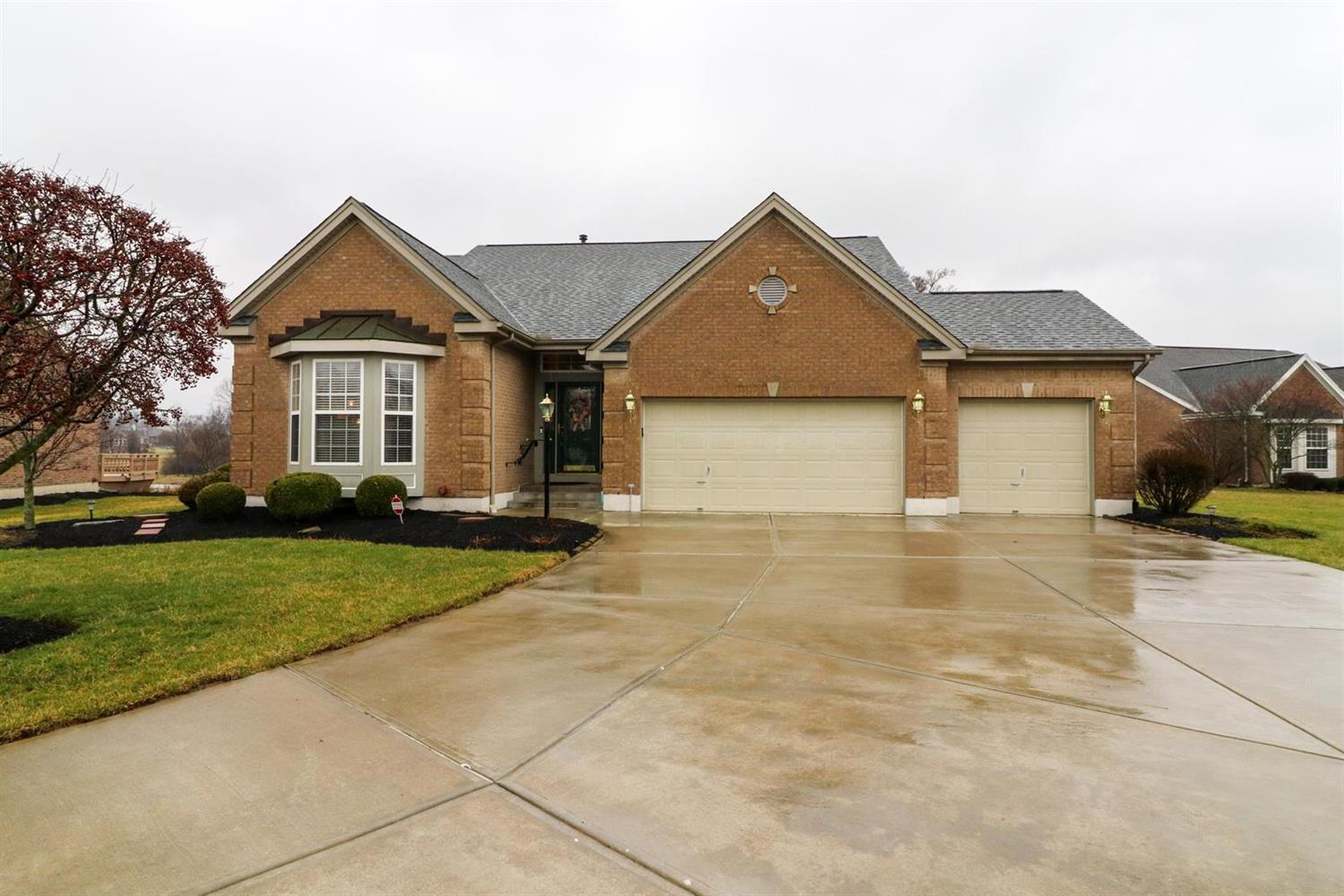 Property for sale at 2805 Fairways Drive, Fairfield Twp,  Ohio 45011