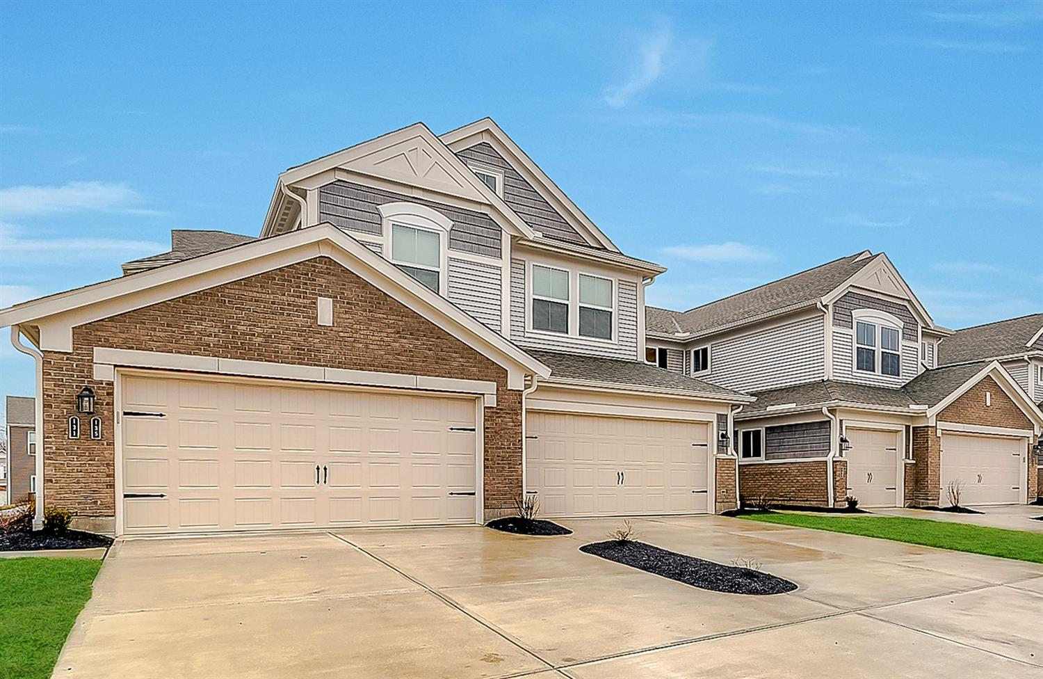 Property for sale at 147 Rippling Brook Lane Unit: 8-203, Springboro,  Ohio 45066