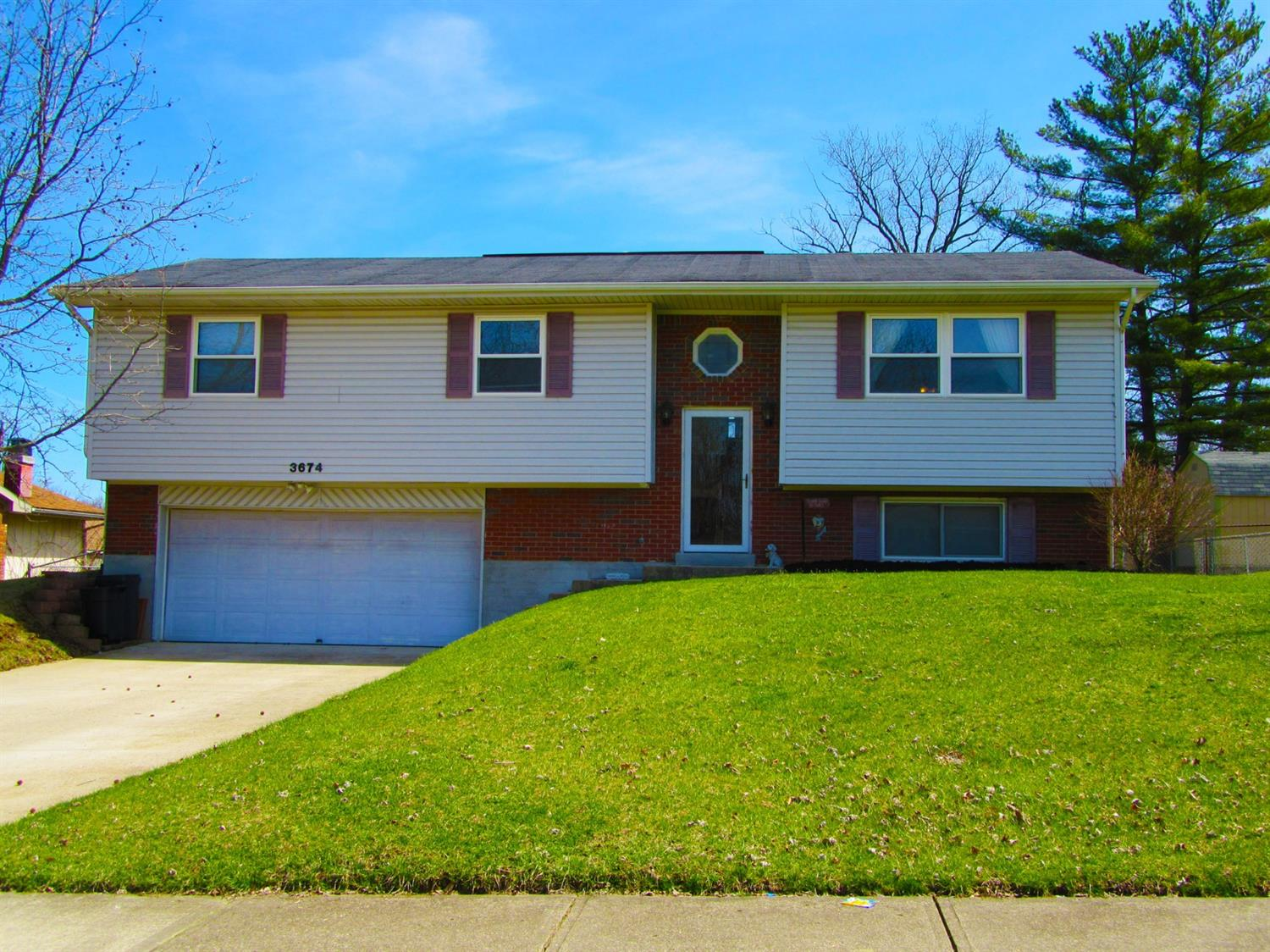 Property for sale at 3674 Knollbrook Drive, Franklin Twp,  Ohio 45005