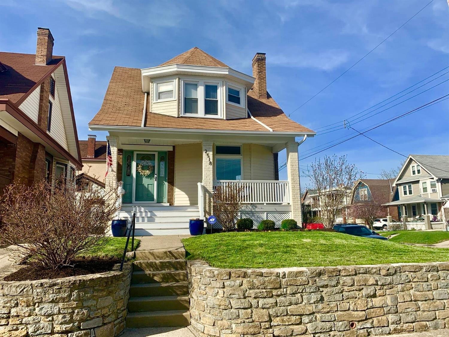 Property for sale at 2518 Shanmoor Avenue, Norwood,  Ohio 45212