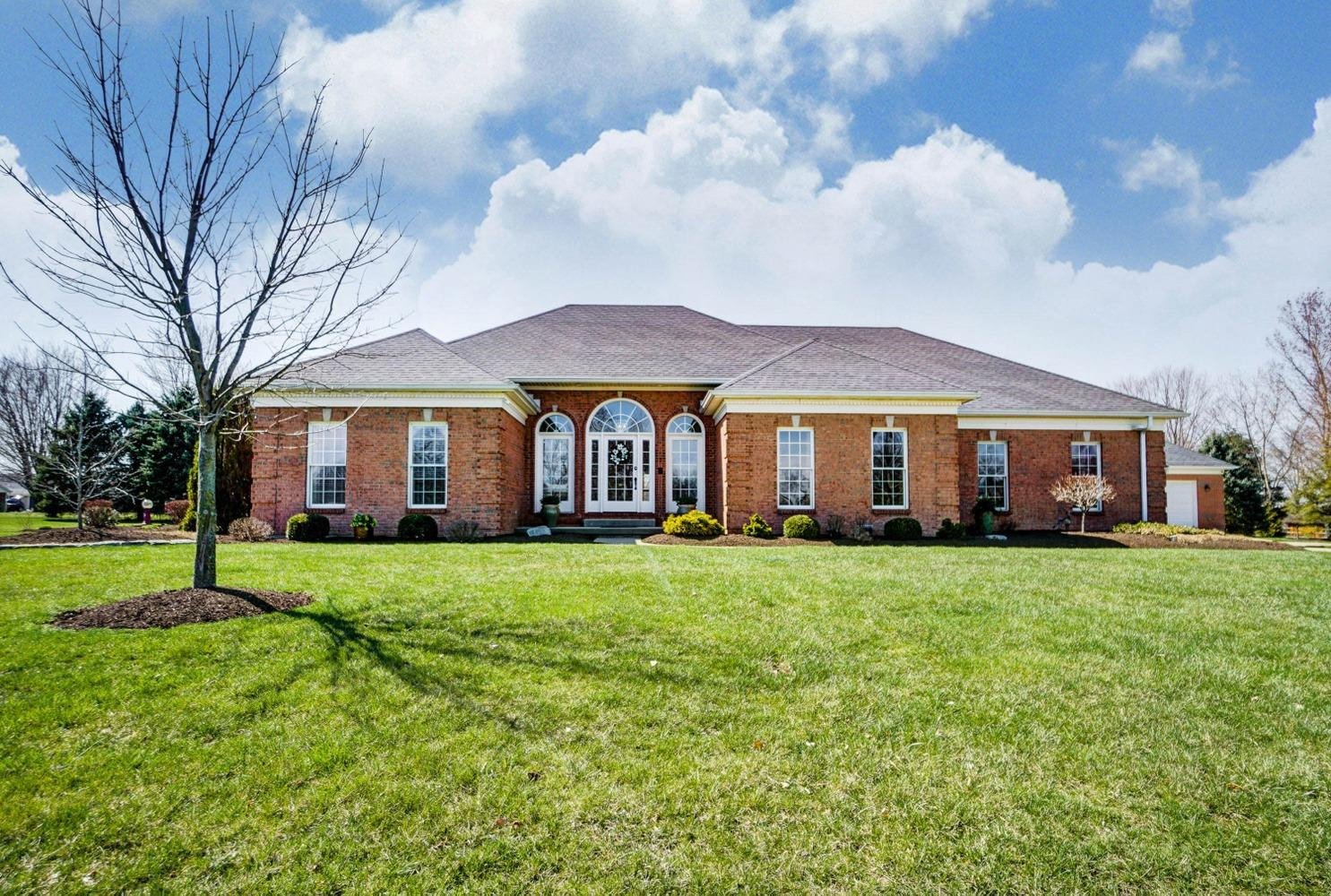 Property for sale at 1369 Orchard Run Drive, Turtle Creek Twp,  Ohio 45036