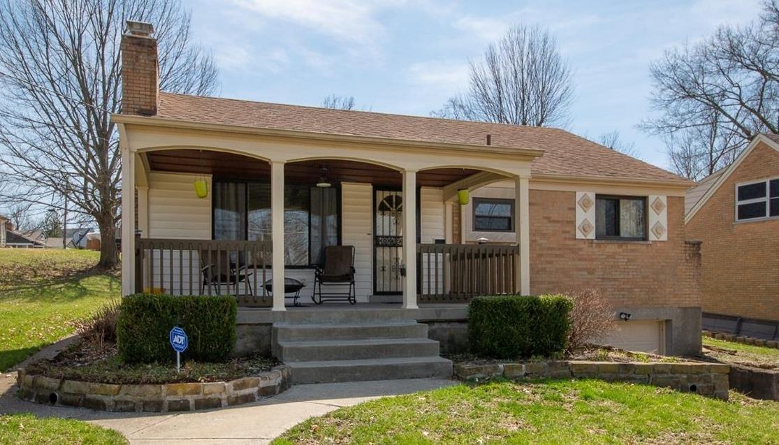 Property for sale at 3509 Edgeview Drive, Cincinnati,  Ohio 45213