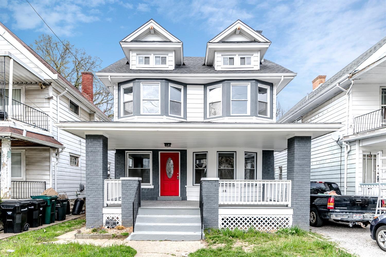 Property for sale at 1620 Grantwood Avenue, Cincinnati,  Ohio 45207