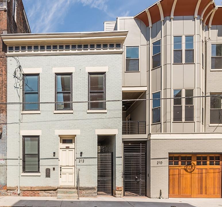 Property for sale at 212 Wade Street, Cincinnati,  Ohio 45202