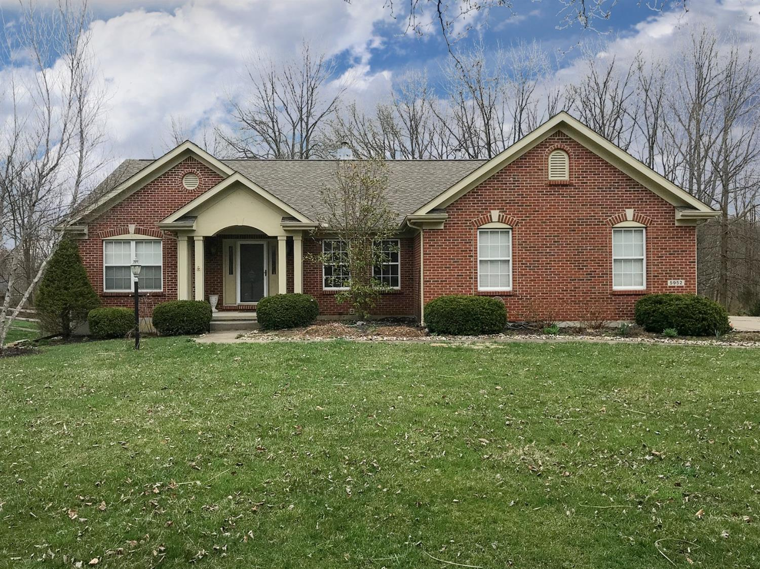 Property for sale at 5952 Wedgwood Drive, Hamilton Twp,  Ohio 45152