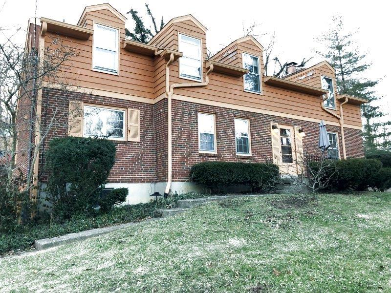 Property for sale at 8713 Hollyhock Drive, Springfield Twp.,  Ohio 45231