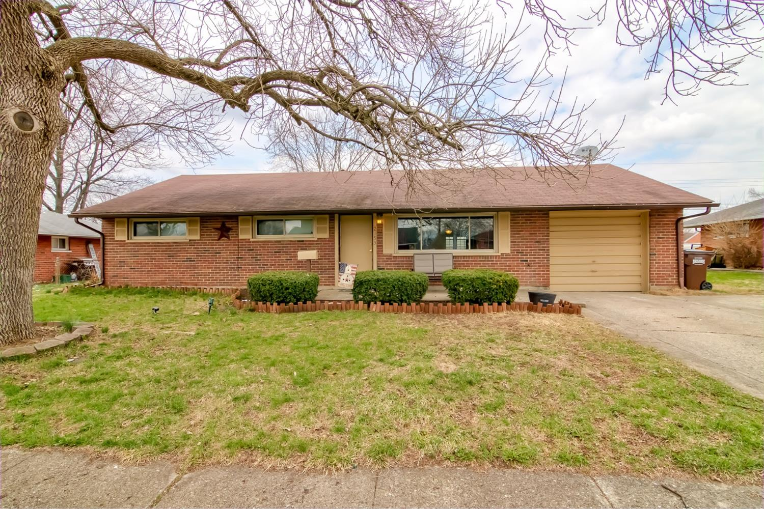 Property for sale at 2153 Owendale Drive, Miami Twp,  Ohio 45439