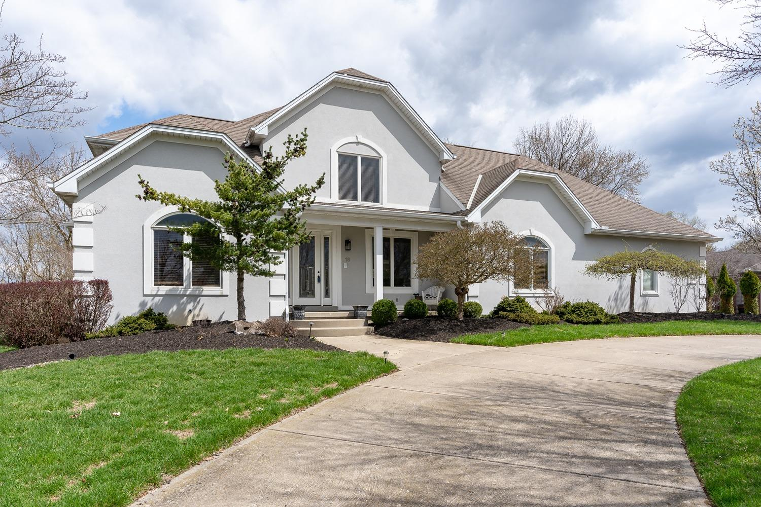 Property for sale at 18 St Andrews Drive, North Bend,  Ohio 45052