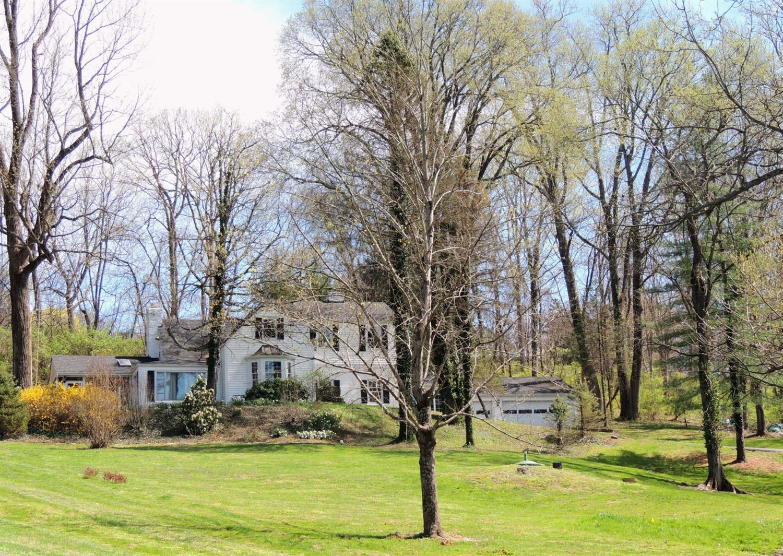 Property for sale at 1510 Moon Valley Lane, Cincinnati,  Ohio 45230