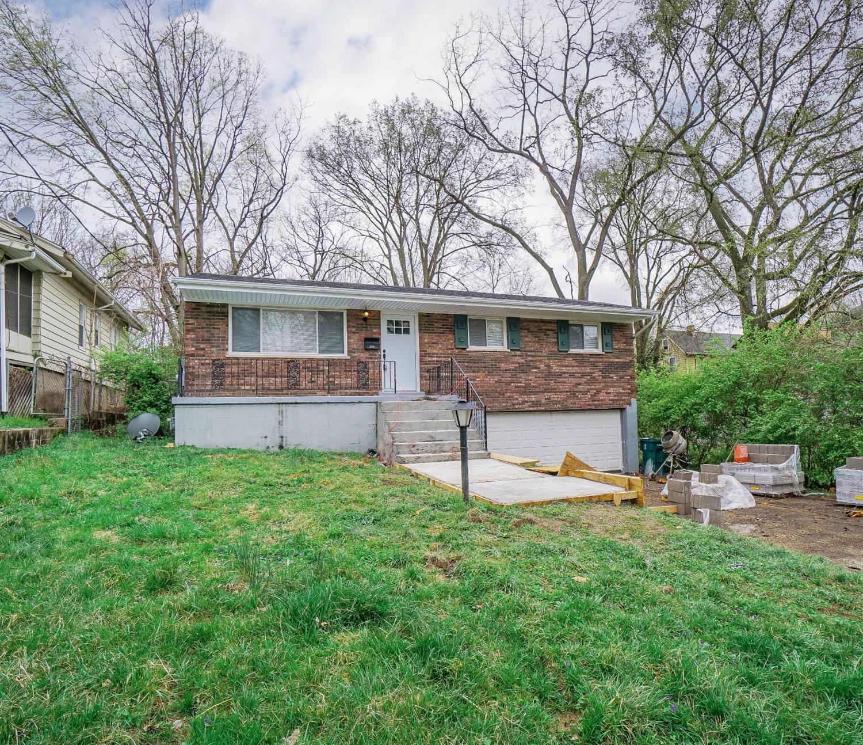 Property for sale at 5728 Sierra Park Place, Cincinnati,  Ohio 45227