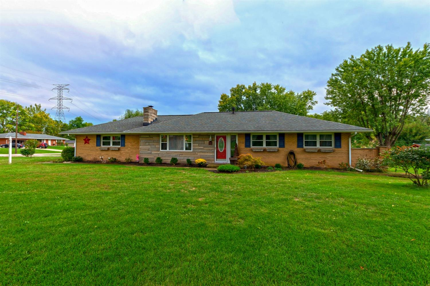 Property for sale at 4311 Helaine Drive, Franklin Twp,  Ohio 45005