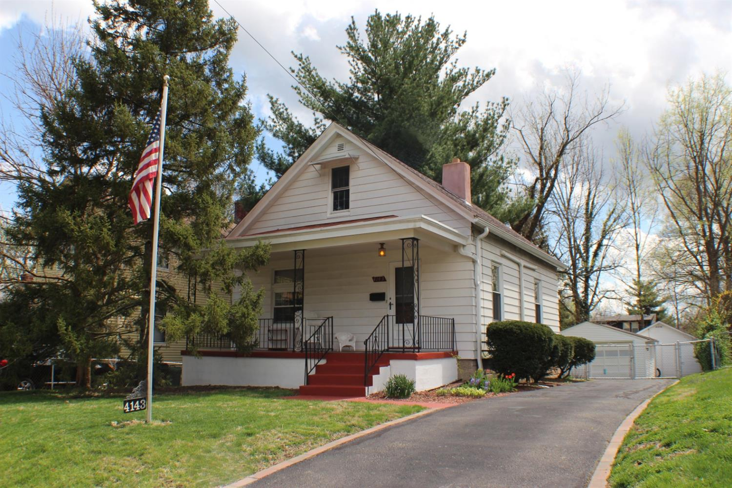 Property for sale at 4143 Sibley Avenue, Silverton,  Ohio 45236