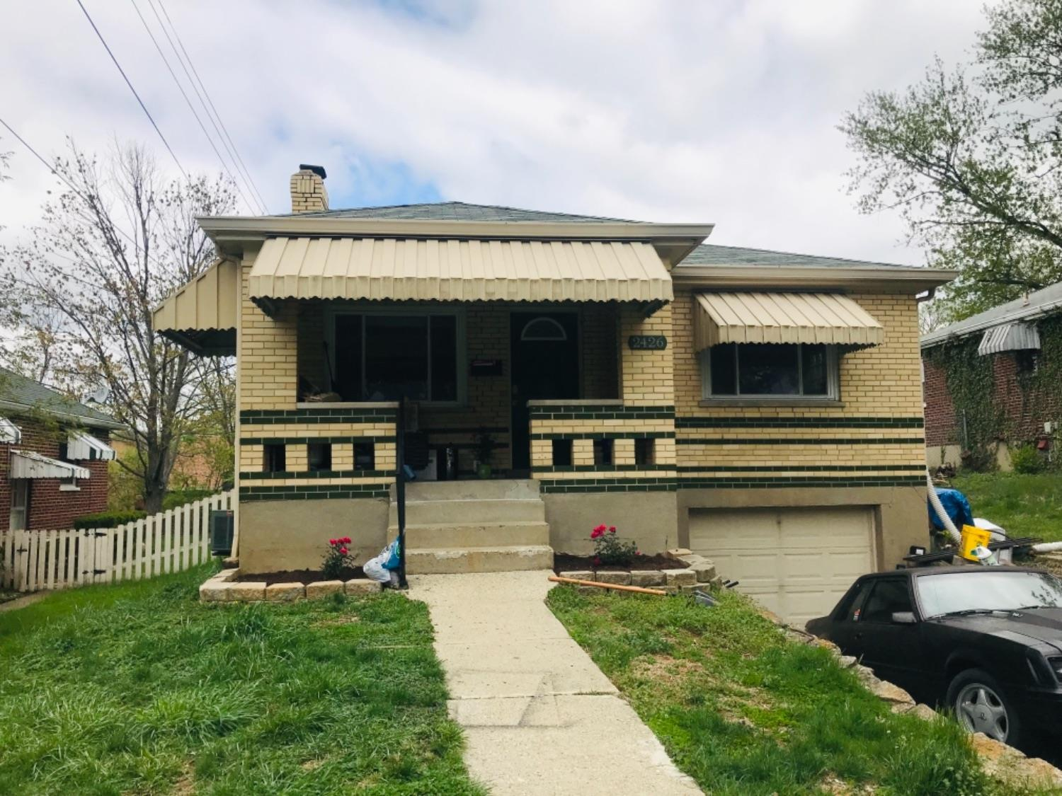 Property for sale at 2426 Ardmore Avenue, Golf Manor,  Ohio 45237