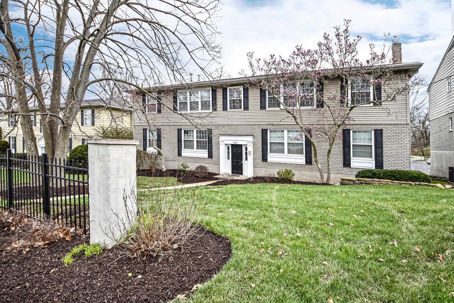 Property for sale at 3701 Erie Avenue Unit: D, Cincinnati,  Ohio 45208