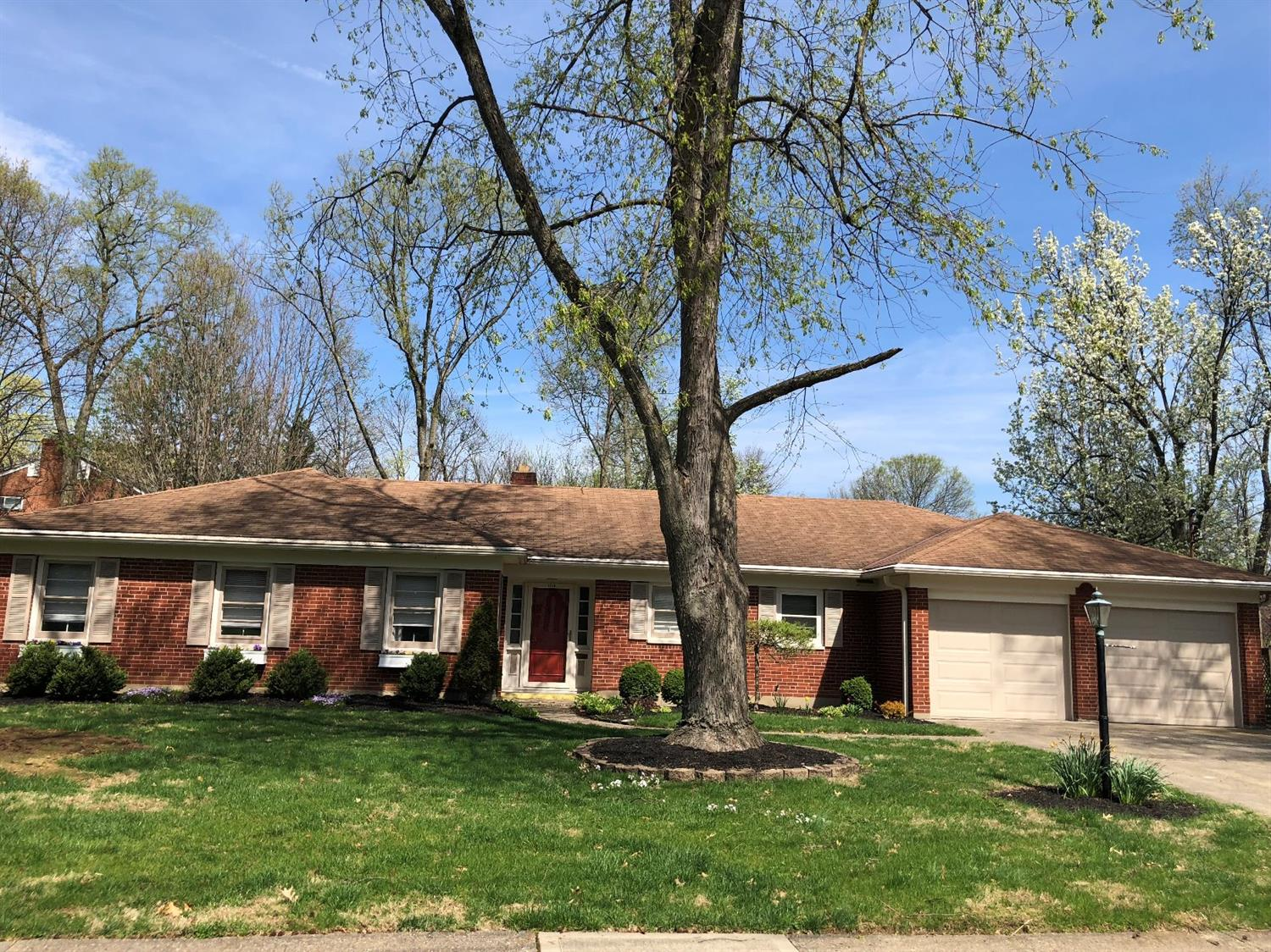 Property for sale at 1510 Oak Knoll Drive, North College Hill,  Ohio 45224