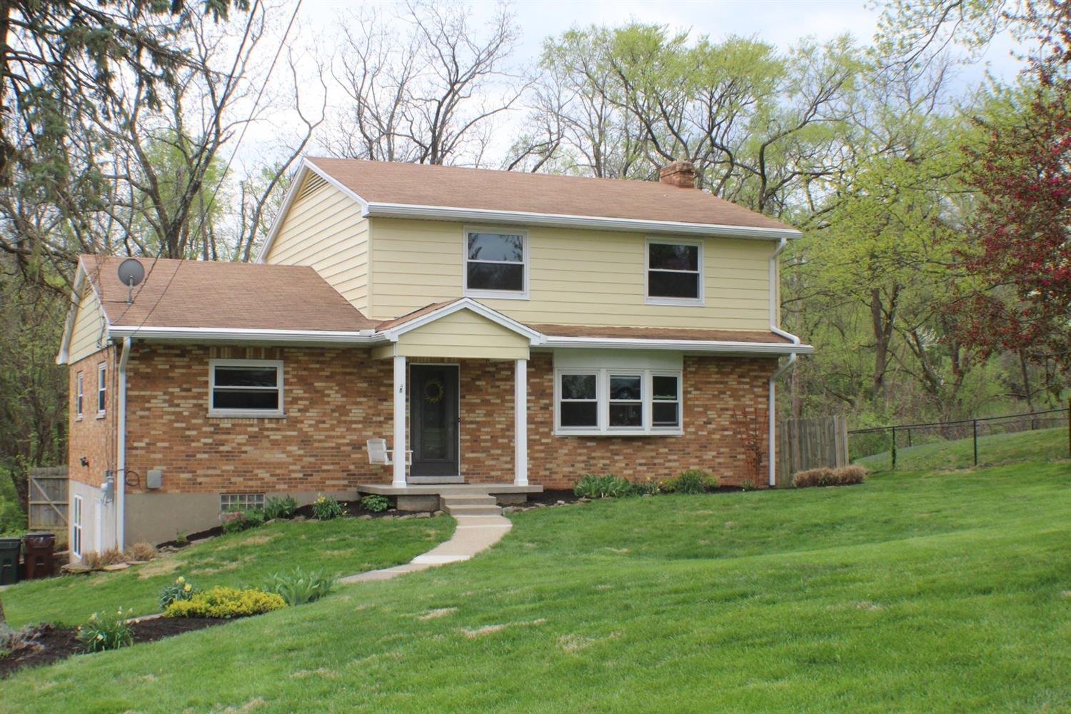 Property for sale at 463 Beechtree Drive, Springfield Twp.,  Ohio 45224
