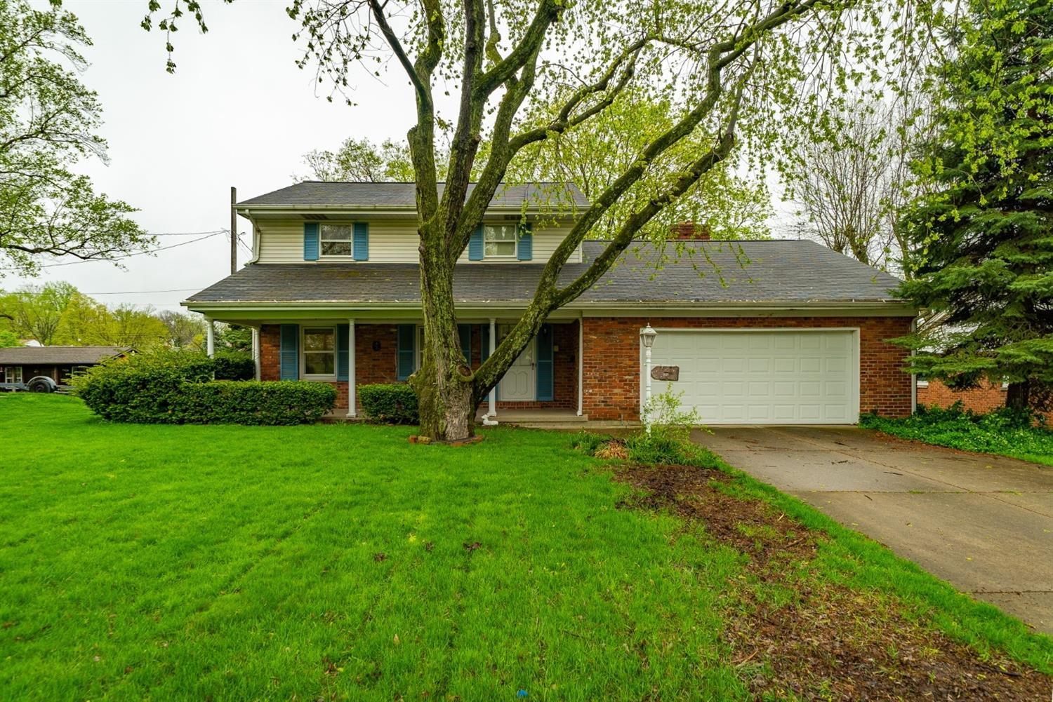 Property for sale at 607 Dorset Drive, Middletown,  Ohio 45044
