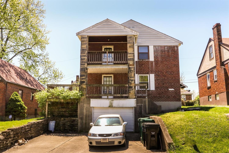 Property for sale at 3935 N Clerose Circle, Cincinnati,  Ohio 45205