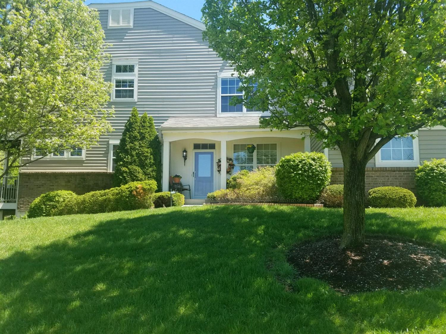 Property for sale at 694 Bridle Path Unit: 24, Springfield Twp.,  Ohio 45231