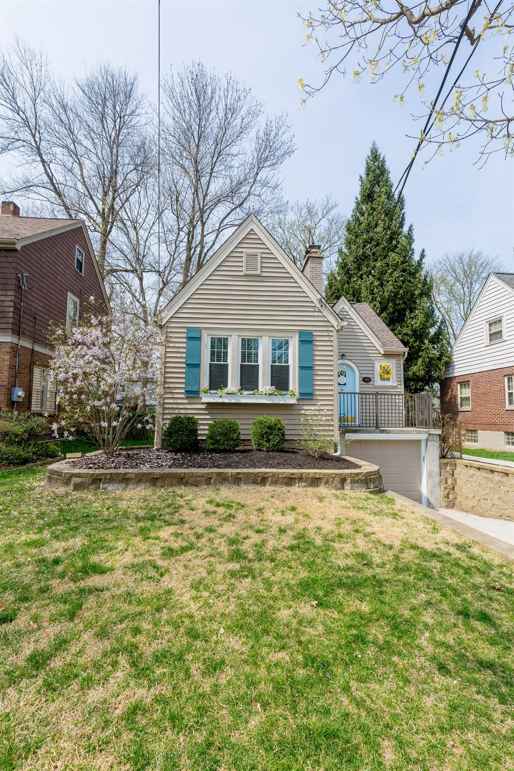 Property for sale at 3715 Homewood Road, Mariemont,  Ohio 45227