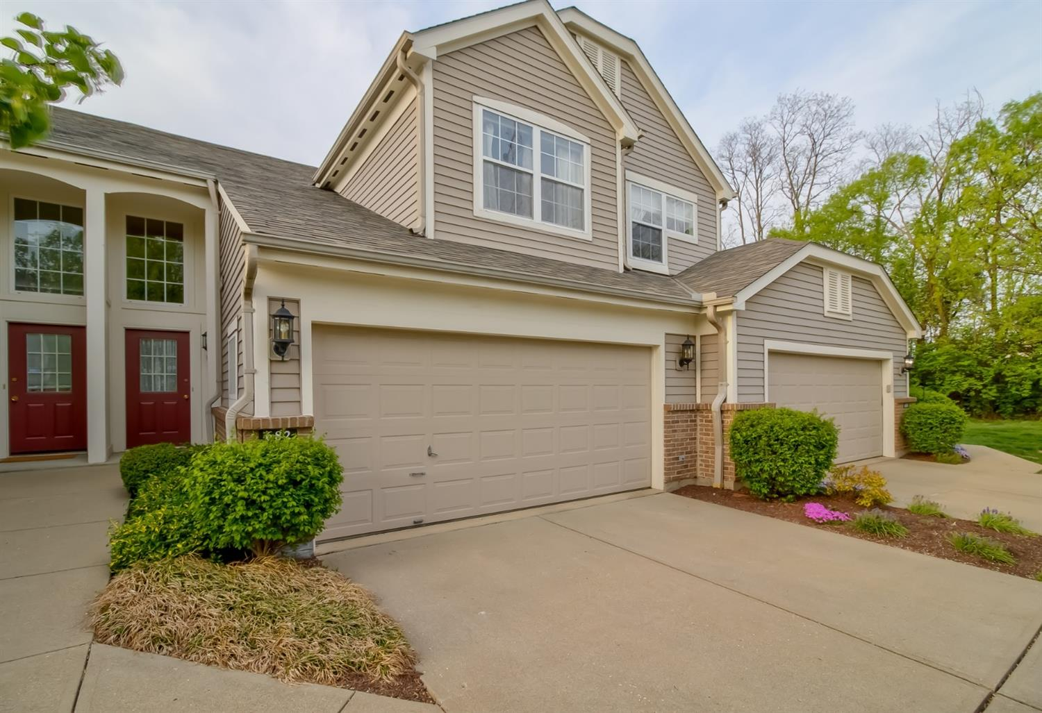 Property for sale at 682 Bridle Path, Springfield Twp.,  Ohio 45231