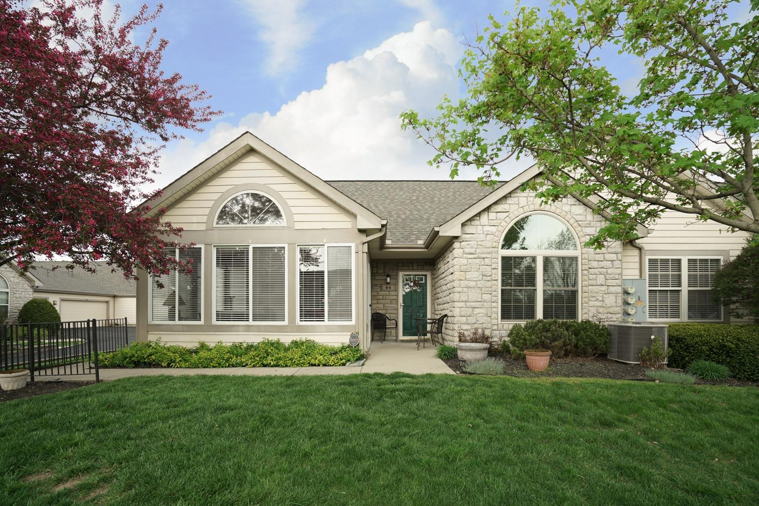 Property for sale at 84 Villa Pointe Drive, Springboro,  Ohio 45066