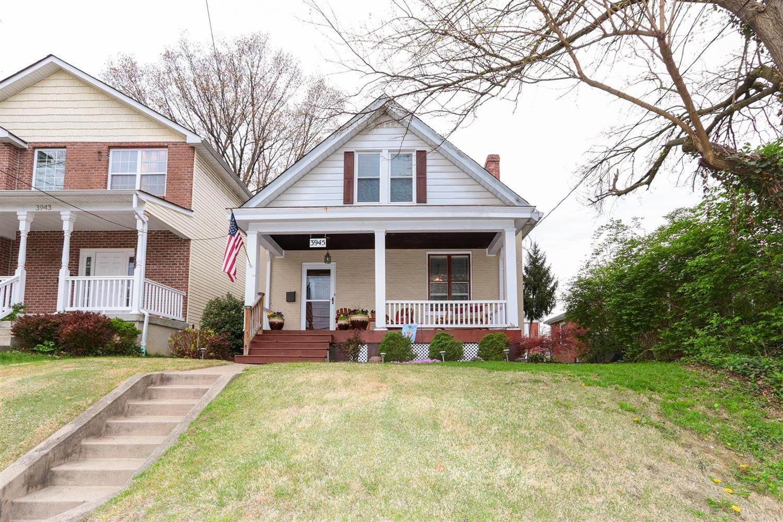 Photo of home for sale at 3945 Marburg Avenue, Cincinnati OH