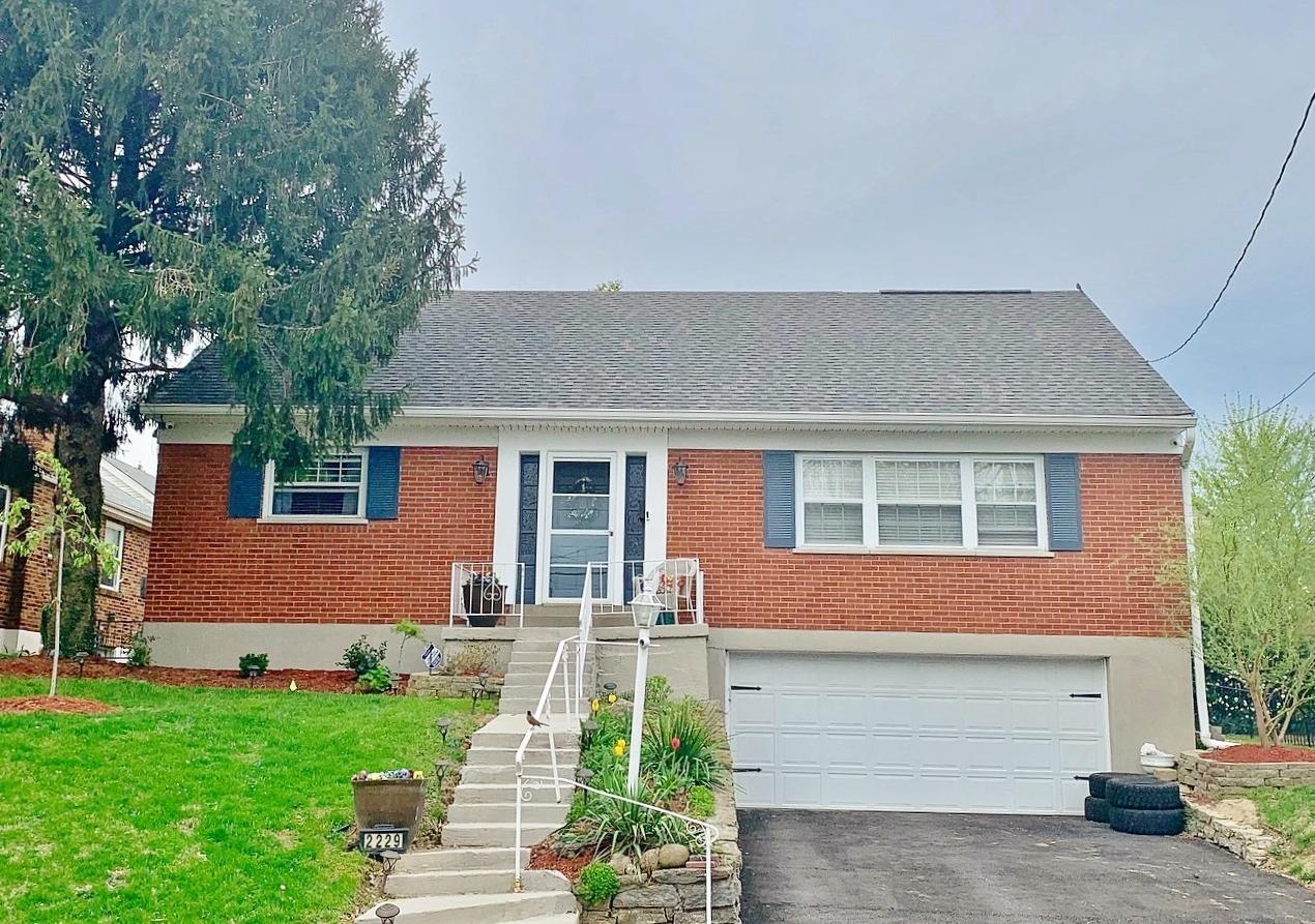 Property for sale at 2229 Ronda Avenue, Norwood,  Ohio 45212