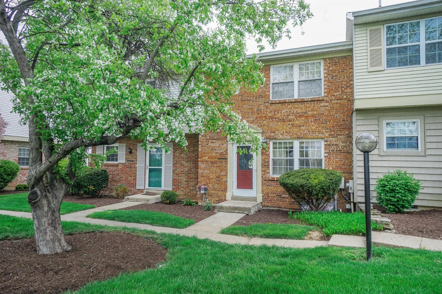 Property for sale at 7476 Kingsgate Way, West Chester,  Ohio 45069