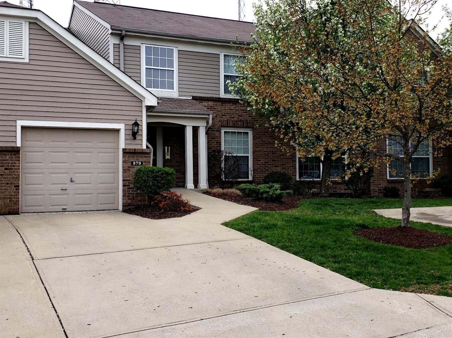 Property for sale at 870 Southmeadow Circle Unit: 102, Springfield Twp.,  Ohio 45224