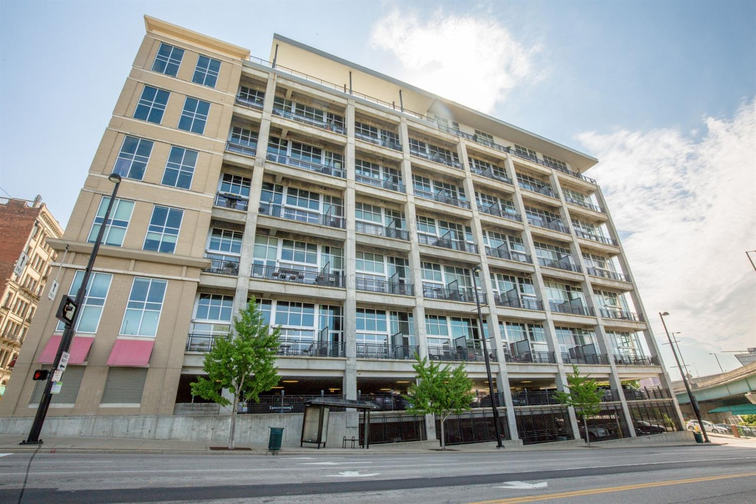 Property for sale at 353 W Fourth Street Unit: 504, Cincinnati,  Ohio 45202