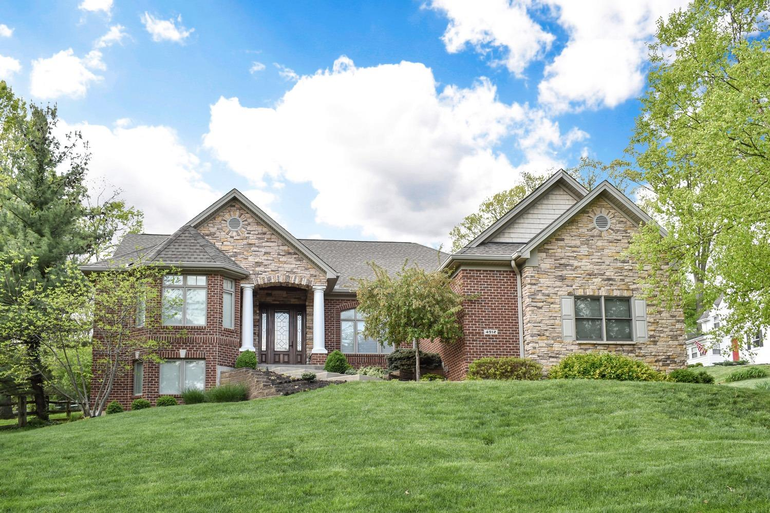 Property for sale at 4912 Le Blond Avenue, Cincinnati,  Ohio 45208