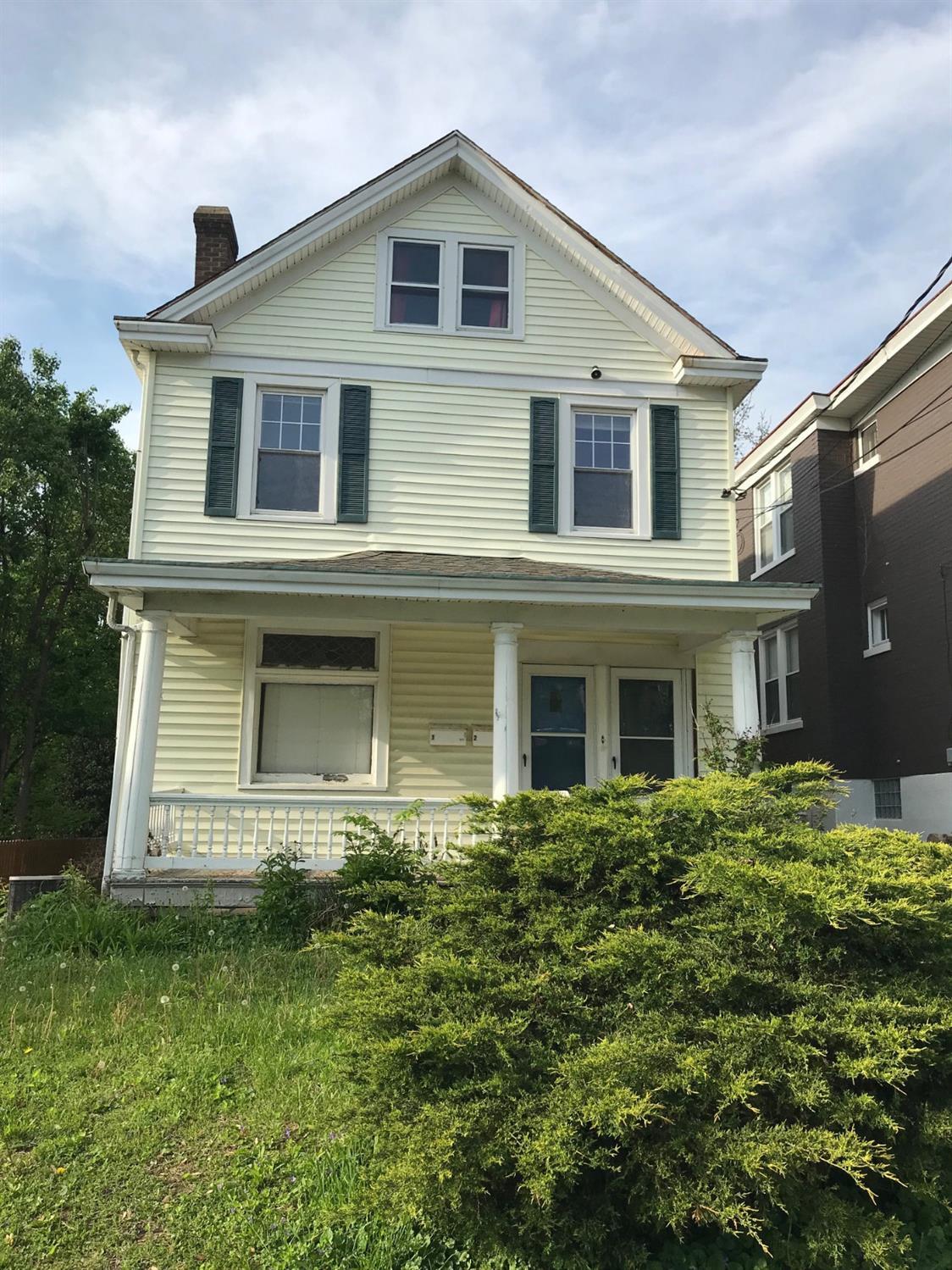Property for sale at 3552 Handman Avenue, Cincinnati,  Ohio 45226