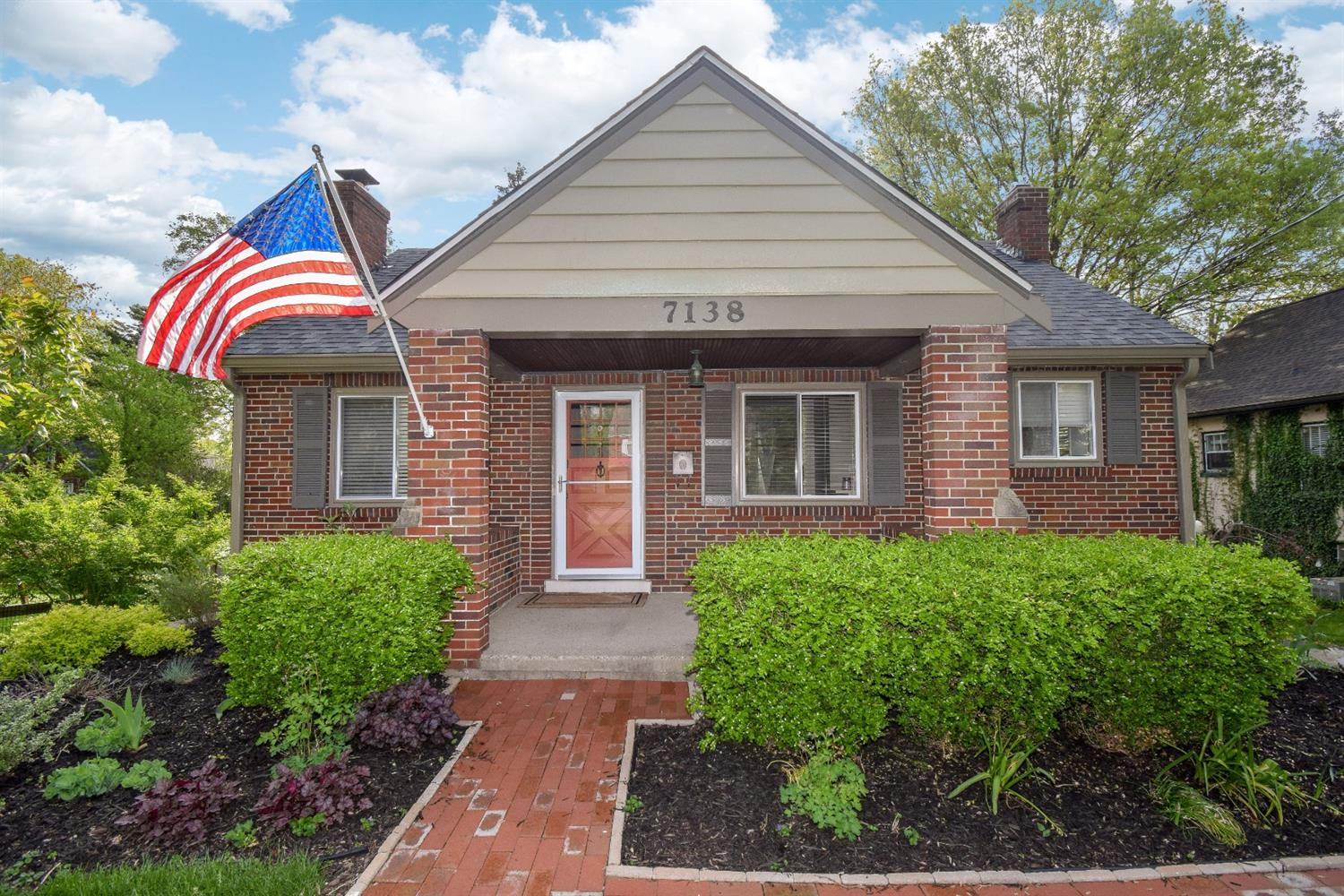 Property for sale at 7138 Fowler Avenue, Madeira,  Ohio 45243