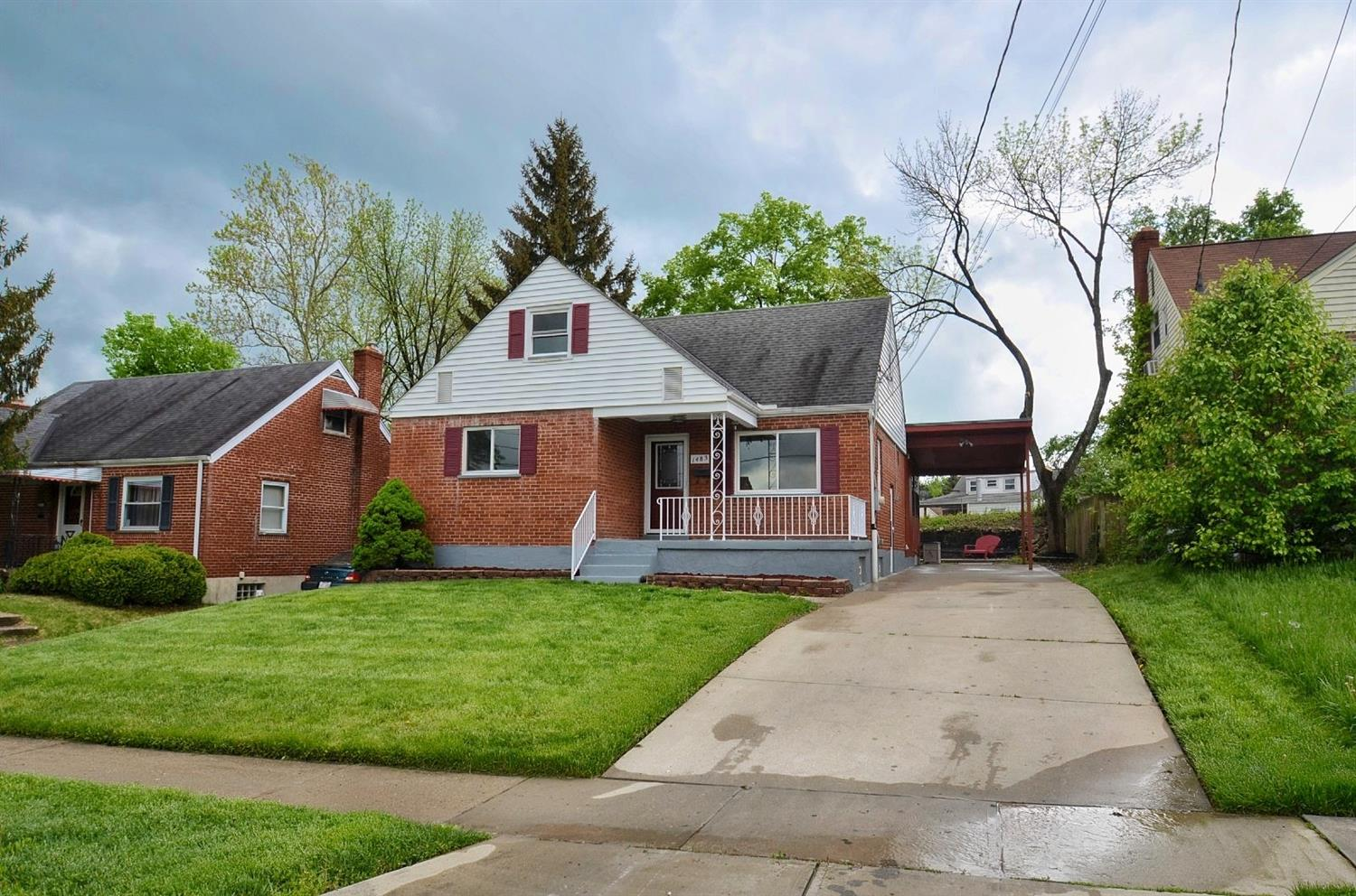 Property for sale at 1483 Foxwood Drive, North College Hill,  Ohio 45231