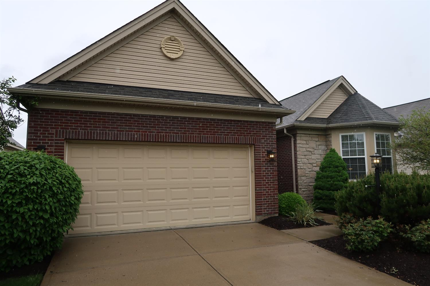 Property for sale at 8139 Jeannes Creek Lane, West Chester,  Ohio 45069