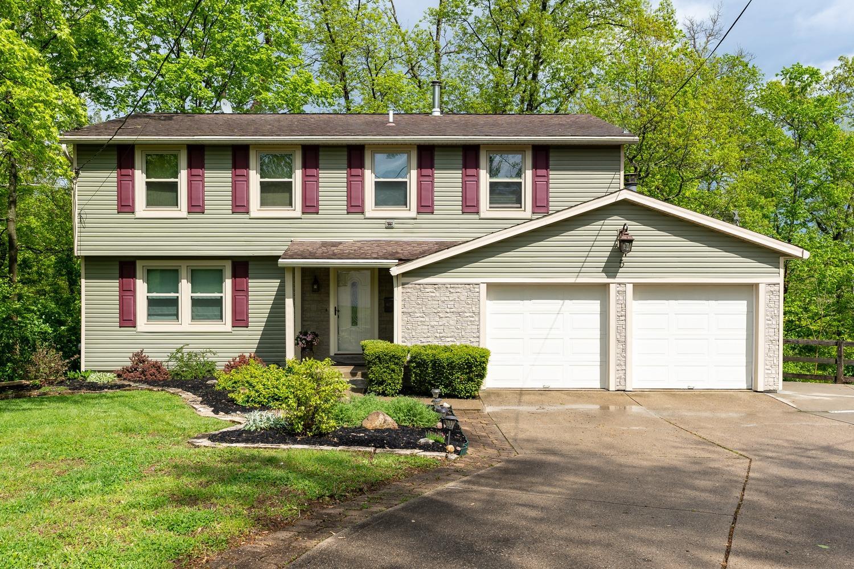 Property for sale at 5 Highridge Circle, Loveland,  Ohio 45140