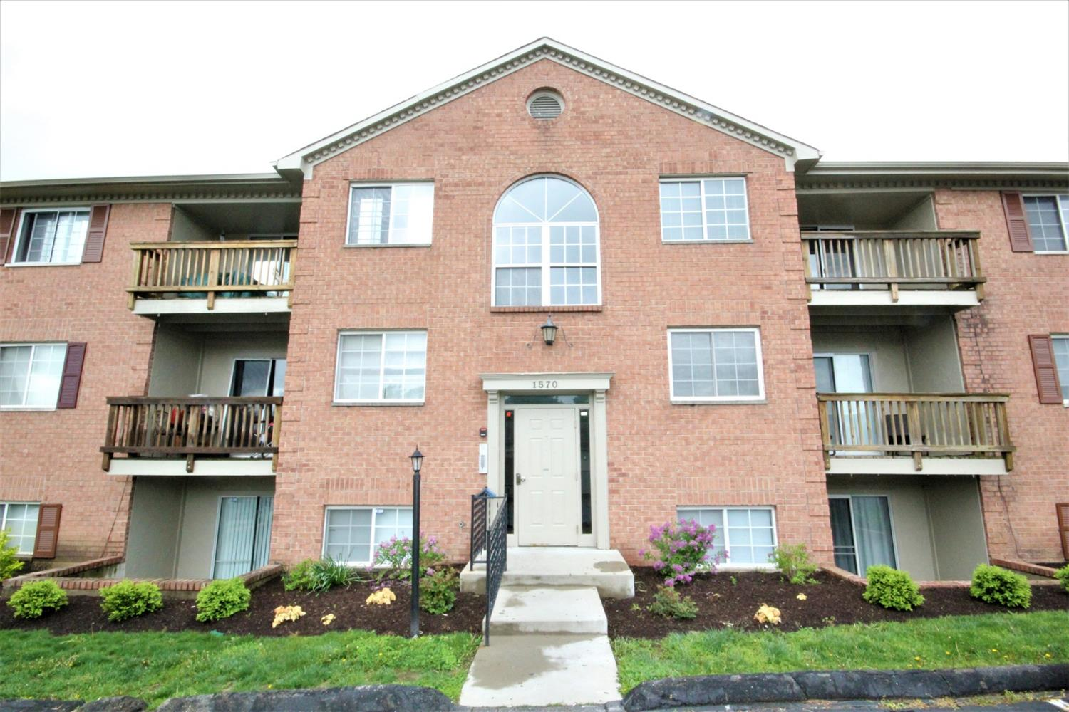 Property for sale at 1570 Gelhot Drive Unit: 105, Fairfield,  Ohio 45014