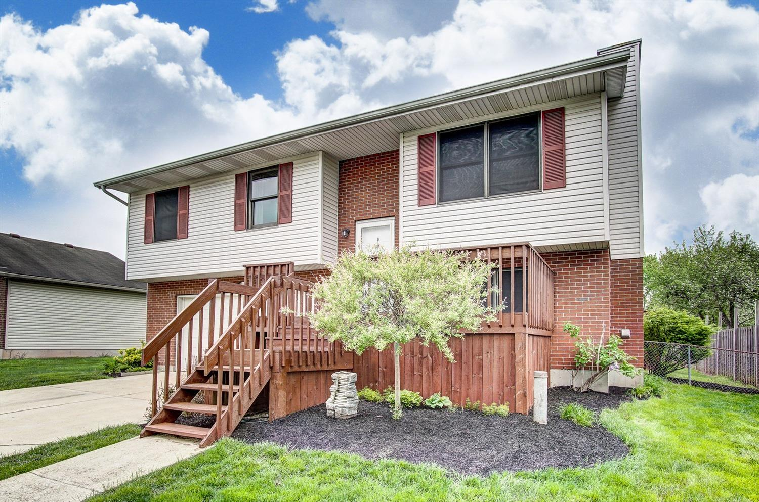 Property for sale at 6967 Torrington Drive, Franklin Twp,  Ohio 45005