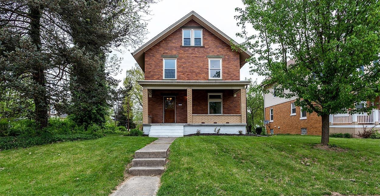 Property for sale at 2400 Shanmoor Avenue, Norwood,  Ohio 45212
