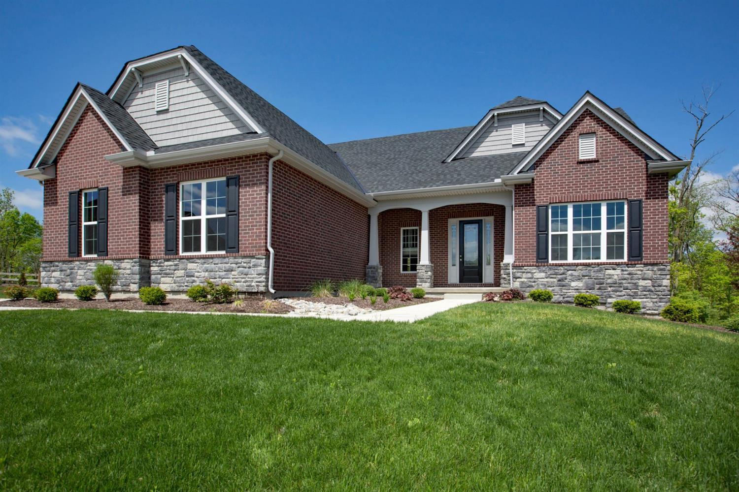 Property for sale at 5292 Woodview Way Unit: AT-8, Liberty Twp,  Ohio 45011