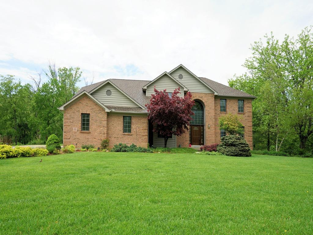 Property for sale at 2403 Quail Run Farm Lane, Green Twp,  Ohio 45248